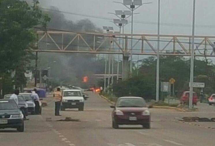 Choque entre CNTE y PF en Nochixtlán, Oaxaca deja al menos tres muertos