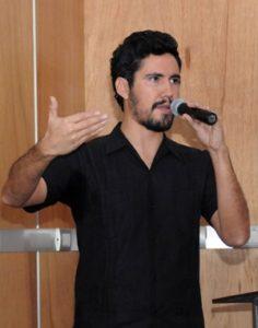 Luis Erantzcani López Lora, egresado de la FC y creador de Recorrido Virtual 360º.