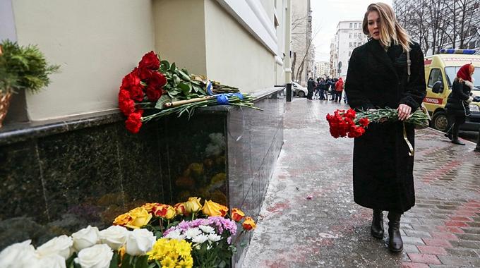 Se estrella avión ruso con 91 personas a bordo