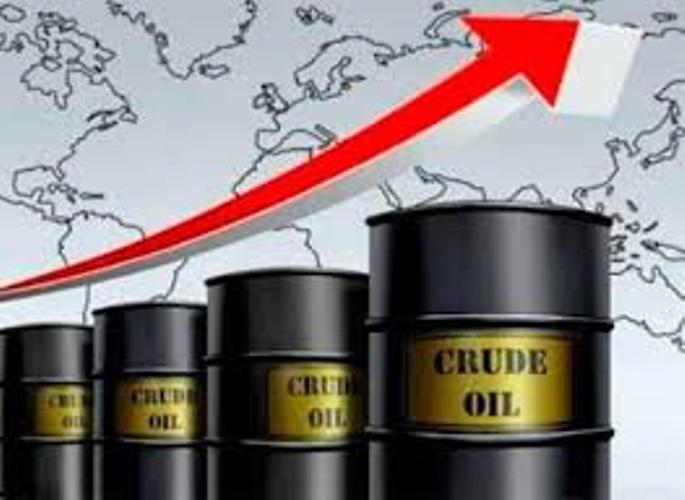 Entrevista: Perjuicios y beneficios del alza del petróleo. Ramses Pech.